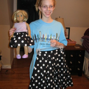 Leanna's Black and White pleated skirt