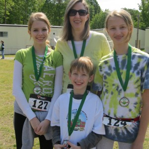 Christi (my dd) with her three Epplettes.....this was Christi's FIRST 5K ever!  YEAH CE!